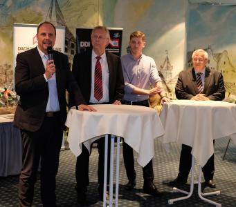 Talkrunde (v. li.) mit Bürgermeister Christian Vogel, OStD Uwe Burghardt, Michael Piringer und Achim Hanisch