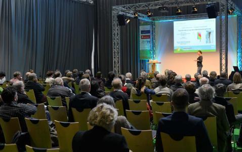 Gefüllte Reihen – geballtes Fachwissen im Fachvortragsforum der GETEC