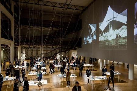 Von GLOBALE bis Kunst in Europa. 1945-1968 - das ZKM profiliert sich als Ausstellungshaus und Forschungsinstitution mit internationaler Strahlkraft