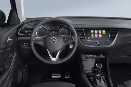 Nahtlos vernetzt: Mit dem Navi 5.0 IntelliLink-Infotainment-System im Opel Crossland X und Grandland X (im Foto)