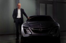 """Opel-Vorstandsvorsitzender Dr. Karl Thomas Neumann: """"Der Opel Monza Concept ist unsere Vision der Opel-Zukunft. Er steht für die Grundwerte von Opel – deutsche Ingenieurskunst und Präzision genauso wie fesselndes Design und alltagstaugliche Innovationen. Er führt diese auf visionäre Art weiter und verbindet sie mit einer neuen Leichtigkeit und Klarheit."""""""