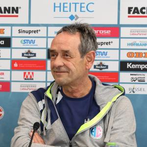 """HCE-Trainer Rolf Brack """"Das Spiel am Donnerstag ist etwas ganz Besonderes"""" / Jocki_Foto, Erlangen"""