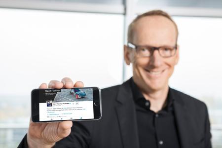 Drei Jahre auf Twitter: Dr. Neumann zwitschert als erster Chef eines europäischen Autoherstellers