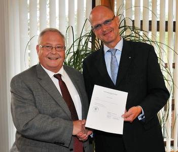 Heinz Hammermeister und Hauptgeschäftsführer Dr. Joachim Eisert / Foto: Handwerkskammer