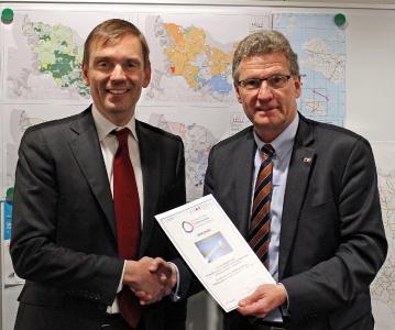 Timm Degenhardt,Tele Columbus AG und Dr. Bernd Buchholz, Wirtschaftsminister Schleswig-Holstein