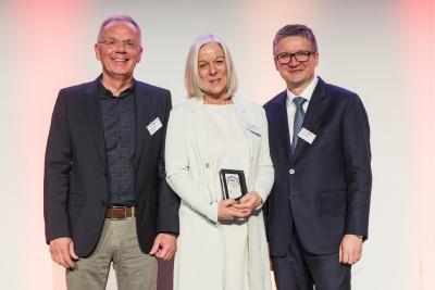 v.l.n.r. Friedrich Nagel (SÄBU), Christine Machacek (SÄBU), Henning Bauwe(KPMG)