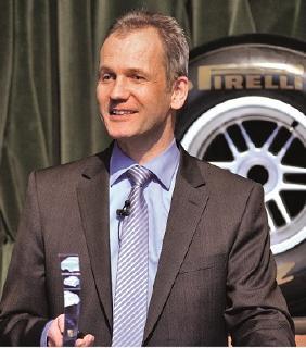 Michael Wendt, Vorsitzender der Geschäftsführung Pirelli Deutschland und Geschäftsführer der Driver Reifen und KFZ-Technik GmbH