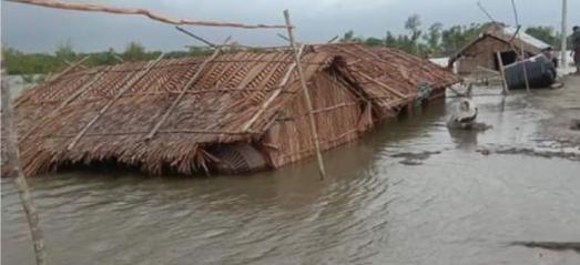 """Schwere Überschwemmungen durch Zyklon """"Amphan"""""""