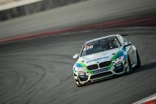 BMW DTM-Fahrer Spengler und Wittmann testen BMW iFE.18 - BMW Customer Racing Teams triumphieren in Dubai