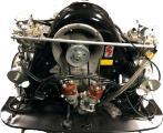 LOT 1258: Dieser Porsche Motor Typ 1600 Carrera GT, steht symbolisch für die vielen Ersatzteile dieser Auktion. Es handelt sich um den Motortyp 692/3, Motornummer 95088, inkl. Auspuffanlage. Insgesamt wurden nur 114 Motoren diesen Typs gefertigt. Der Motor wurde im Jahre 2019, vollständig zerlegt und neu aufgebaut