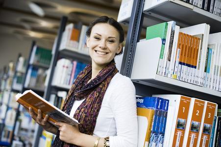 Die Hochschulbibliothek Osnabrück hat beim Bibliotheksindex 2013 bundesweit Platz vier unter den besten ((Fach-)Hochschulbibliotheken belegt