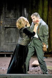 Richard: Stella Goritzki (Lady Ann); Oliver Firit (Richard III)