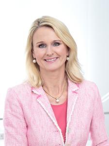 Dr. Ariane Reinhart