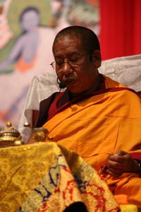 Sherab Gyaltsen Rinpoche, http://www.sherabgyaltsen.com/?lang=de