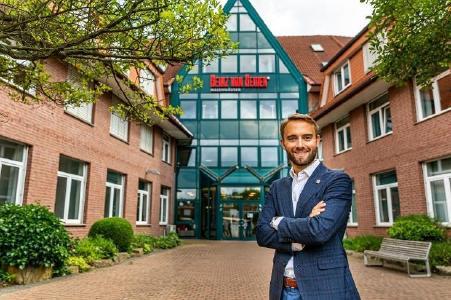 Dr. Helge Mensching freut sich trotz der Corona-Umstände über die Verkaufsumsatzsteigerung von Heinz von Heiden