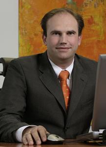 Timm Scheible, Gesamtvertriebsleiter der Winkhaus Gruppe,  kündigt für die Security einen Messeauftritt mit Erlebnischarakter an