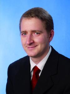 Dipl.-Kfm. Raimund Tittes, Vorstand der Kölner InveXtra Investmentberatung