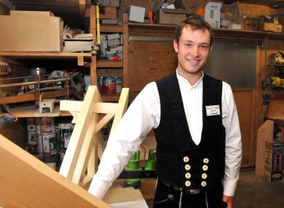 Hannes Schmid aus Kirchentellinsfurt ist der 1. Kammersieger bei den Zimmerern. Seine Ausbildung hat er bei der Zimmerei Holzbau Linhart in Reutlingen-Oferdingen gemacht. Foto: Handwerkskammer Reutlingen
