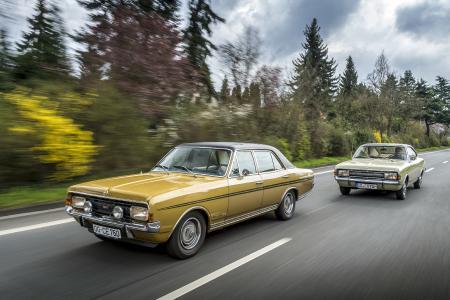 50 Jahre Commodore-Geschichte: Zu den Teilnehmern der diesjährigen Silvretta Classic durch die österreichischen Alpen zählen auch der Opel Commodore B (im Vordergrund) und der Commodore A