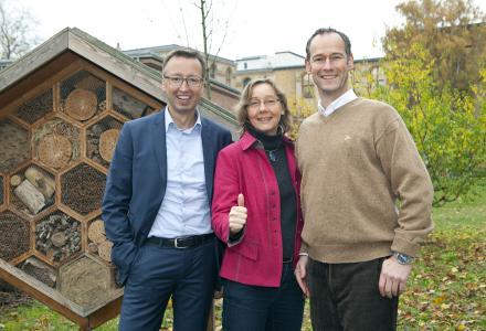 """Bienenfreundliche Aktion im Rahmen einer Firmenkooperation mit """"Deutschland summt!"""". © Sebastian Runge"""