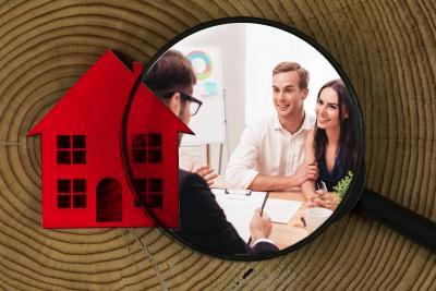 Haus bauen ohne Stress: Wie Sie einen seriösen Hausbau-Partner finden / Foto: Town & Country Haus Lizenzgeber GmbH / Fotolia.de
