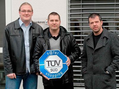 Führungsteam der Onlineprinters GmbH - von links nach rechts: Martin Betz (technische Leitung), Stefan Plomitzer (Prokurist), Walter Meyer (Geschäftsführer)