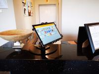 Interaktiv und digital: ACHAT Hotels etablieren Gäste-Tablets in den Lobbys