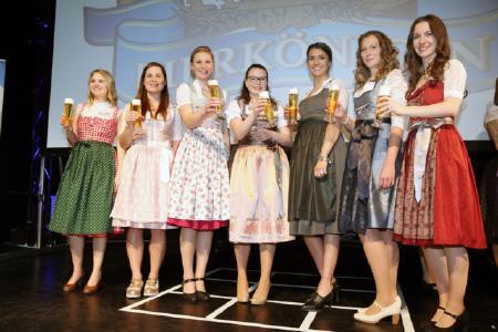 v.l.n.r.: Katja Staufer_Amanda Gary, Anna Bader, Leonie Höld, Anna-Lina Castigliana, Sarah Jäger, Katharina Sophia Schwaiger
