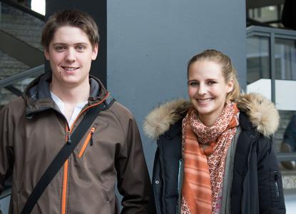 Jan Polhout und Sinje Fischer haben sich für den Studiengang Wirtschaftsrecht an der Fakultät Wirtschafts- und Sozialwissenschaften entschieden