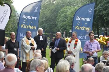 Eröffnung der Bonner Kirchennacht auf dem Kaiserplatz,  Foto: Holger Teubert/APD