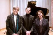 Schott Martin Stadtfeld mit Peter Hanser-Strecker und Christiane Albiez (c) Schott Music / Christopher Peter