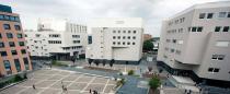 Universität von Padua  Mit Modulo und Multimodulo wurden belüftete Fundamente für den neuen Universitätscampus geschaffen. Die Oberfläche von 19,000 m2 wurden mit darunterliegendem Kriechraum gebaut, um Platz für Infrastrukturrohre und – Geräte zu schaffen.