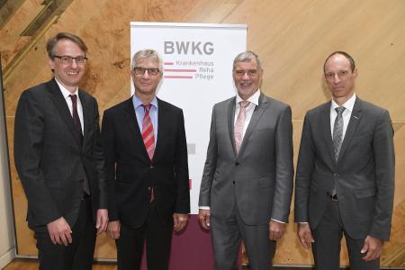 Neu gewählter BWKG-Vorstandsvorsitzender und seine Stellvertreter: Michael Föll, Bernhard Wehde, BWKG-Vorstandsvorsitzender Detlef Piepenburg, Bernd Rühle (nicht anwesend: Thomas Brobeil)