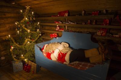 Den Weihnachtsmann in seiner Hütte besuchen,  (c) fintouring, Klaus-Peter Kappest