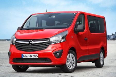 Mehr Leistung, weniger Verbrauch: Zum Modelljahreswechsel 2016 sind für den Opel Vivaro Combi neue Turbodiesel erhältlich