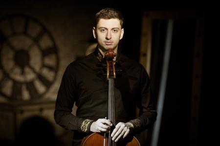 Cellisten Narek Hakhnazaryan (Foto: Evgeny Evtyukhov)
