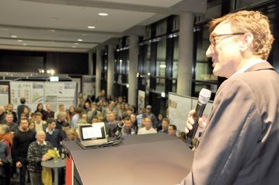 Vizepräsident Prof. Frank Schwartze eröffnet die Bauausstellung (Foto:Fachhochschule Lübeck)