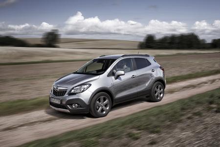 Gut gerüstet: Der Opel Mokka ist ab sofort mit 81 kW/110 PS starkem 1.6 CDTI-Flüsterdiesel und Opel OnStar bestellbar