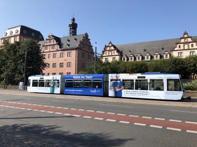 Klinikum Darmstadt lädt am 29. August zwischen 11 und 14 Uhr zum Speeddating in die Straßenbahn an der Gleisschleife am Darmstadtium ein