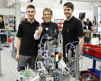 Felix Alt und Jan Kintzi mit ihrer Trainerin Sybille Bohland bei der Deutschen Meisterschaft