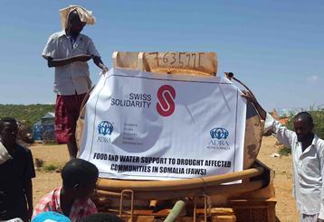 Zisternenwagen mit Trinkwasser © Foto: ADRA Somalia