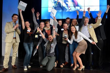 Das Team der Hochschule Osnabrück freut sich über den 2. Platz beim FAMAB DAVID AWARD