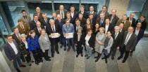 Die ersten Empfänger des Zertifikates mit Minister Laumann und Mitgliedern der Bewertungskommission