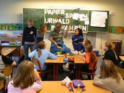 Schulprojekt Papier sparen - Urwald bewahren