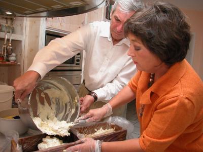 Das ostbayerische Ehepaar Röska hat ein Hobby zum Geschäft gemacht und mischt mit handgemachten Seifen den deutschen Markt auf. Foto: obx-news