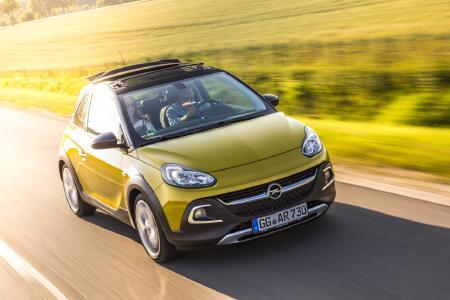 Frecher Lifestyle-Flitzer mit Vorzeige-Qualitäten: Der Opel ADAM (im Bild ADAM ROCKS) verspricht nicht nur in jeder Version individuellen Fahrspaß, er ist auch absolut verlässlich. Das zeigt der Sieg in der Kleinstwagen-Klasse beim TÜV-Report 2018