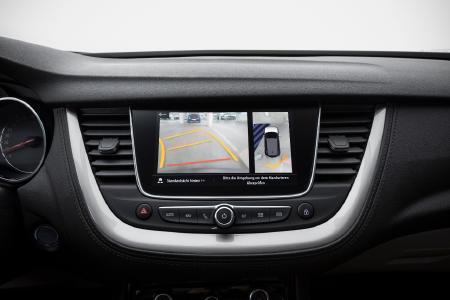 Persönlicher Online- und Service-Assistent: Opel OnStar bietet auf Knopfdruck auch im neuen Opel Grandland X viele Dienstleistungen, die das Autofahren angenehmer machen