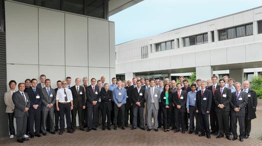 Zur Abschlussveranstaltung des EU-Projekts IMVITER trafen sich rund 50 Experten aus der Fahrzeugindustrie, Typzulassung, Gesetzgebung und Simulation am 19. Juni 2012 in der Bundesanstalt für Straßenwesen in Bergisch Gladbach (Foto: BASt).