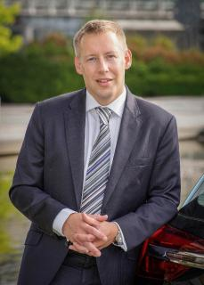 Ian Hucker: Managing Director Peugeot, Citroën, DS Automobiles in der Schweiz und Österreich