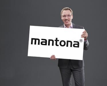 "Geschäftsführer Niclas Walser präsentiert die Marke ""mantona"""